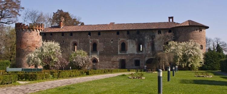 Rozzano-castello-Cassino-Scanasio